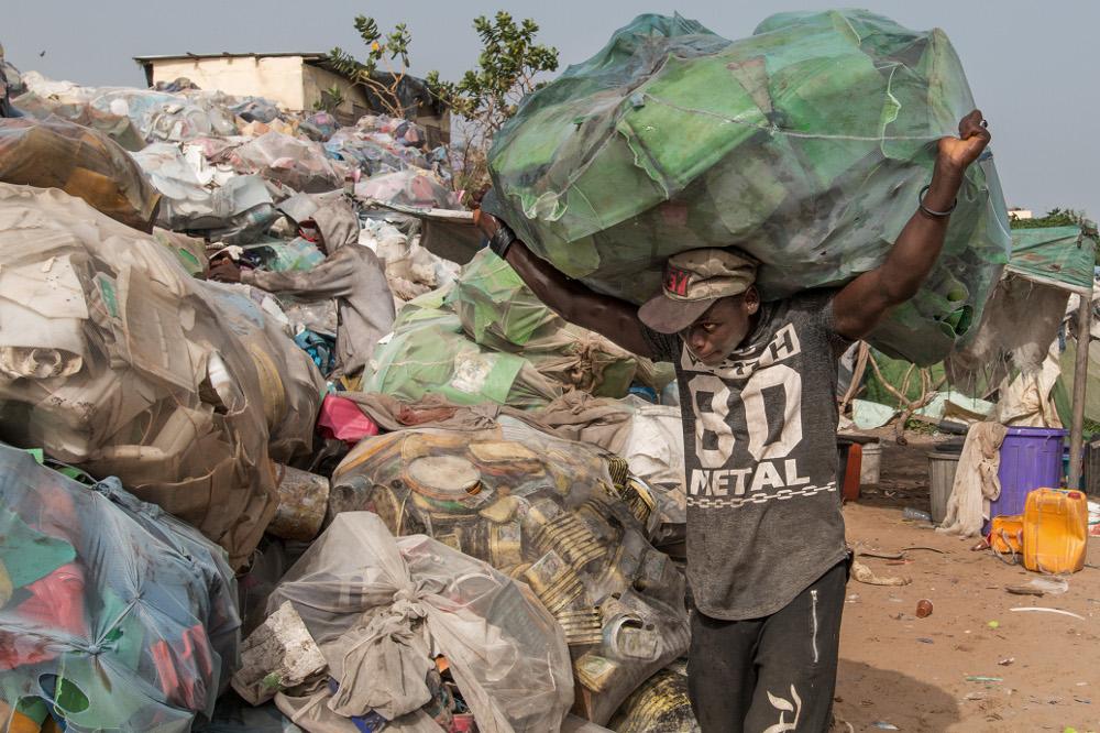 Une des plus grosses décharges du monde; Mbeubeuss Dakar Sénégal